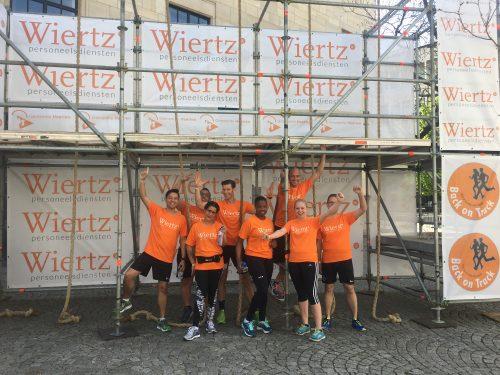 Hindernissen tijdens HeerlenStormt een makkie voor onze deelnemers!